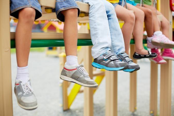 4c7fc654a9d07b Вибір шкільного взуття для дитини: Основні принципи - Магазин Ortop